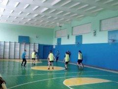 Районні змагання з баскетболу серед юнаків та дівчат